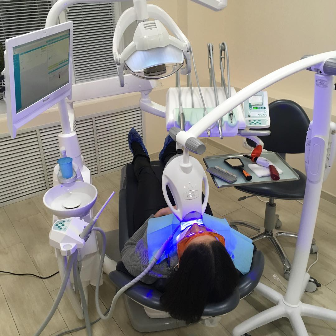 Стоматология DentalRooms